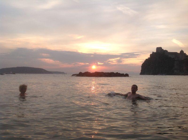 Malekursus-Ischia-Italien-morgenbad-04